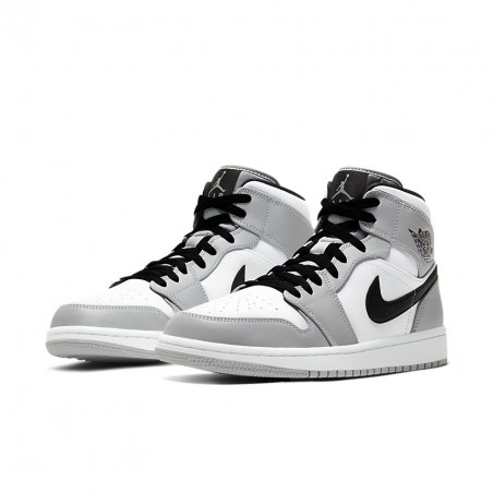 Air Jordan 1 Retro Mid...