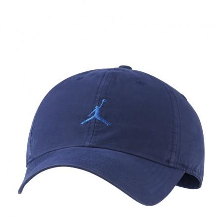 Czapka Air Jordan...