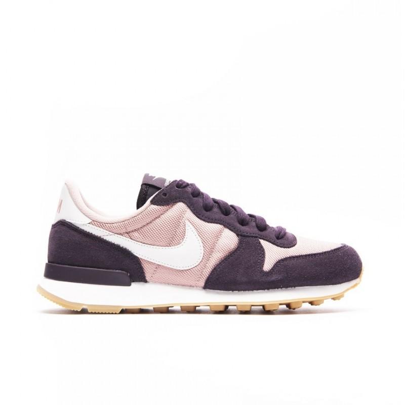 Nike WMNS Internationalist 828407-608