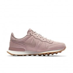 Nike Internationalist SE 872922-601